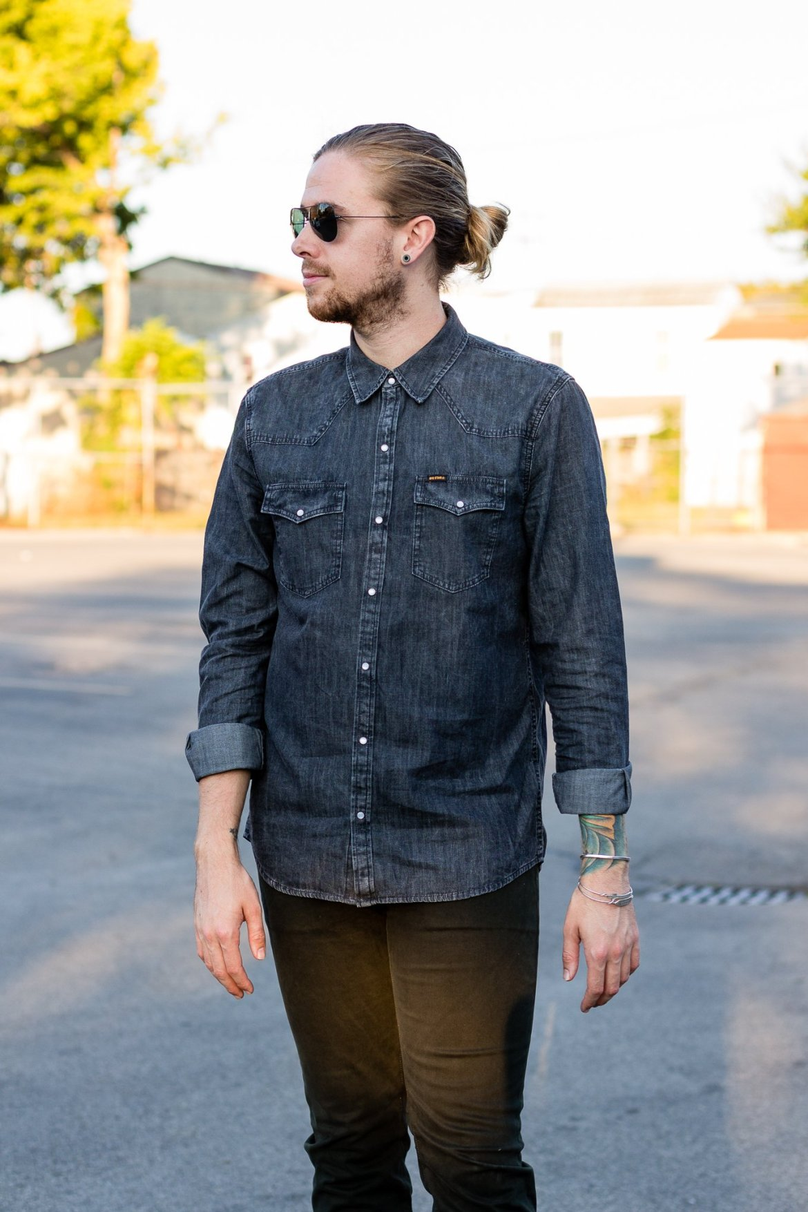 Big Star Chambray Shirt + Olive Division Pants on thekentuckygent.com.