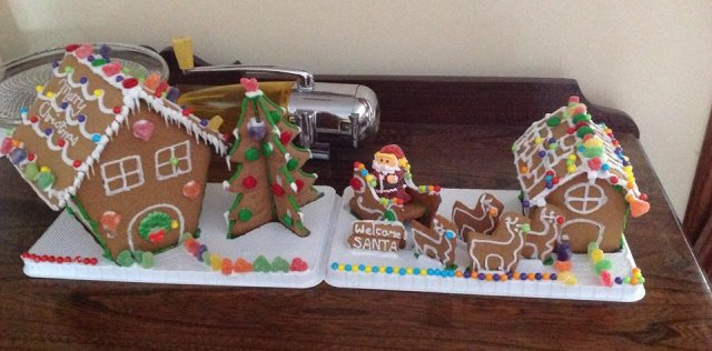 Mr. K.B. and our smalls totally rocked the gingerbread this year.  Ho, ho, ho!