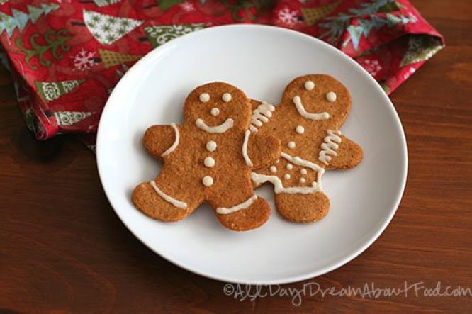 20_Keto_Low_Carb_Holiday_Recipes_Gingerbread_Men