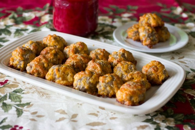 20_Keto_Low_Carb_Holiday_Recipes_Sausage_Balls