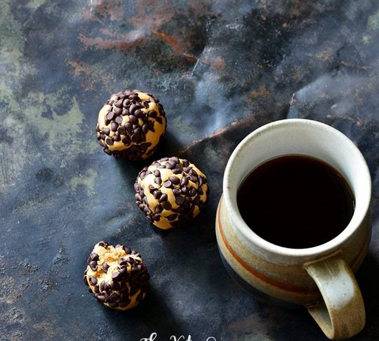 3-Ingredient Keto Chocolate Peanut Butter Protein Bites