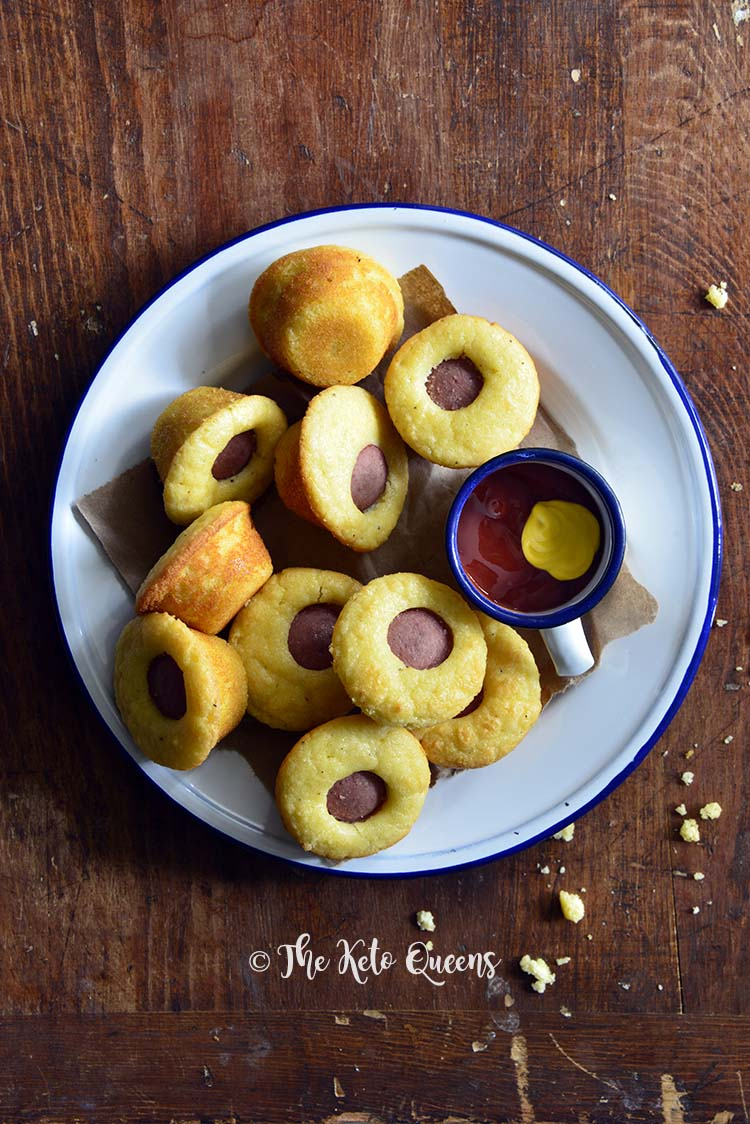 If you're looking for easy kid friendly #keto snack ideas, this #LowCarb Corn Dog Bites Recipe is sure to be hit! It tastes like real cornbread!