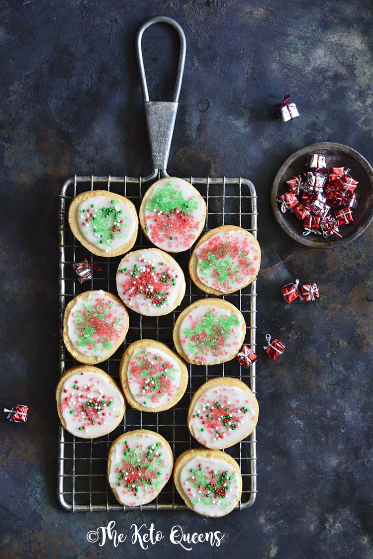 Low Carb Keto Christmas Sugar Cookies With Icing Recipe