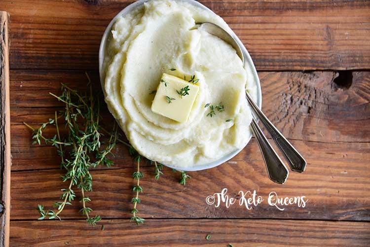 Low Carb Garlic Butter Mashed Cauliflower Recipe