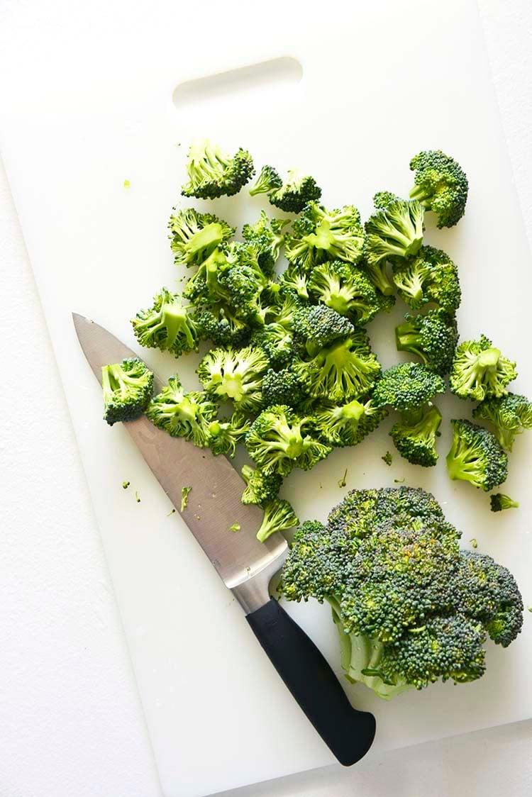 Chopping Broccoli Florets