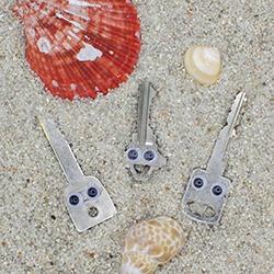 surfer keys in sand googly eye-7-for blog