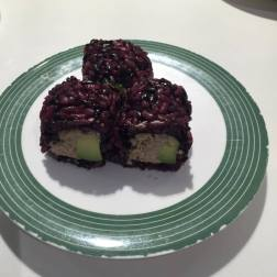 Cooked Tuna and Avocado (Black Rice)