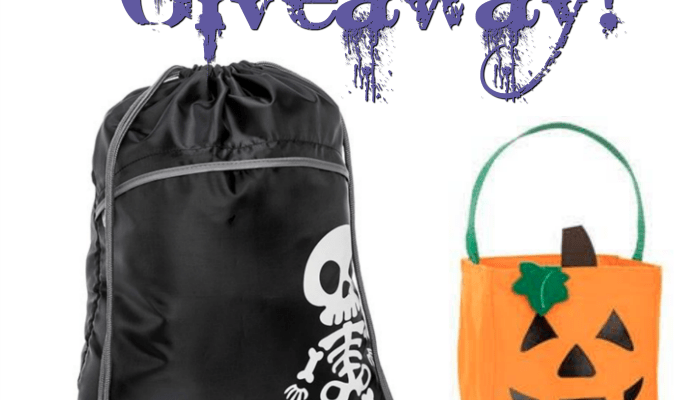 Thirty-One Gifts For Your Halloween Tricks And Treats
