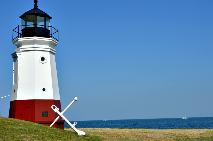 Visiting Lake Erie Shores Lighthouses #LakeErieLove