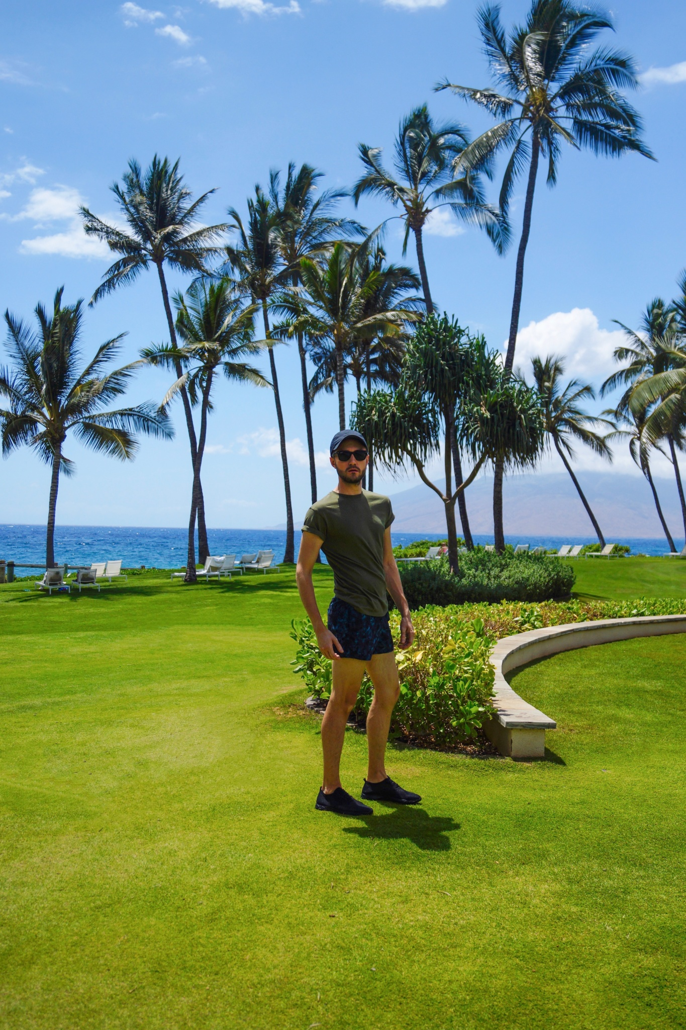 Topman Green Muscle T-Shirt - Topman Blue Camouflage Swim Shorts - Hawaii Maui Wailea - Andaz Maui at Wailea Resort - Summer - Beach - Killer Travel - Killer Style - Killer Look Travels - TheKillerLook.com - The Killer Look
