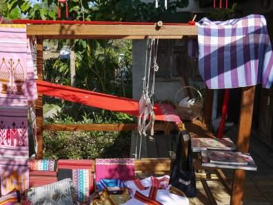 Tai Lue weaving at Sawadee Craft, The Kindcraft