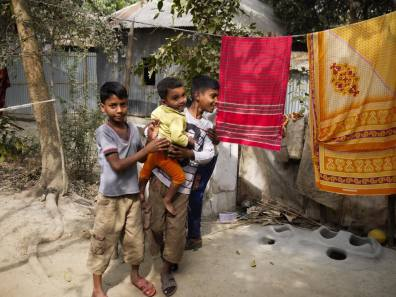 Village Life in Demra-Narayanganj – Handmade Textiles of Bangladesh