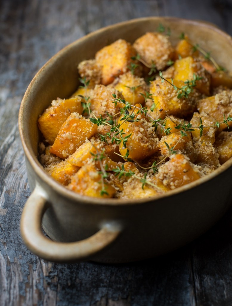 Roasted Pumpkin With Cheese Walnut Crumble