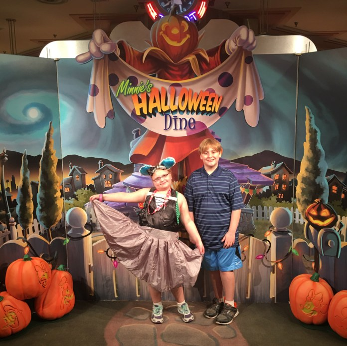 Briar Rose Disneybounding at Minnie's Halloween Dine at Hollywood and Vine
