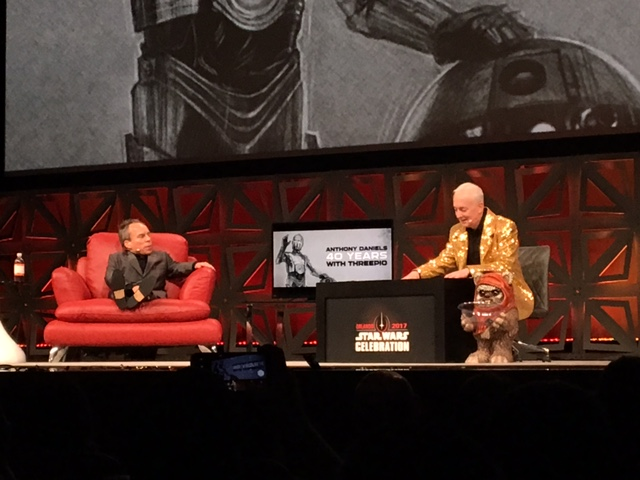 Anthony Daniels with Warwick Davis.