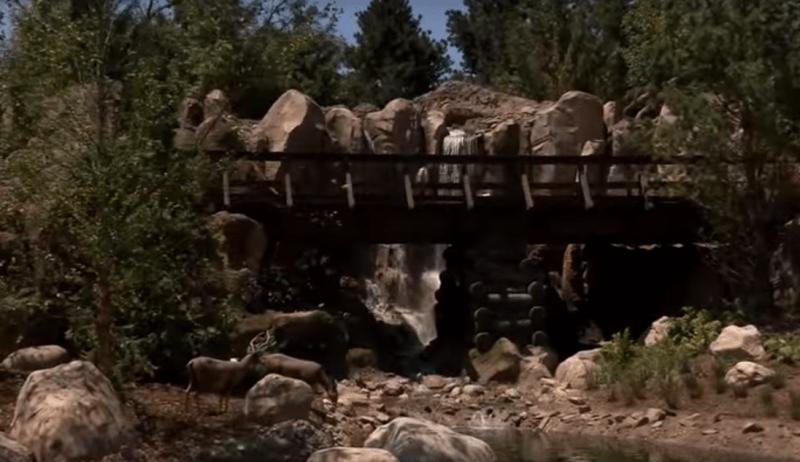 disneyland-railroad-rivers-america