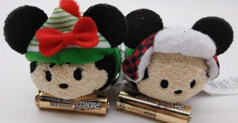 tsum-tsum-holiday-Christmas-2017-mickey-minnie