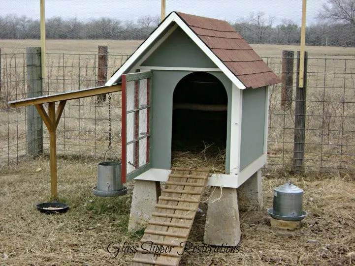 Doghouse Coop