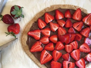 Easy Strawberry Nutella Tart