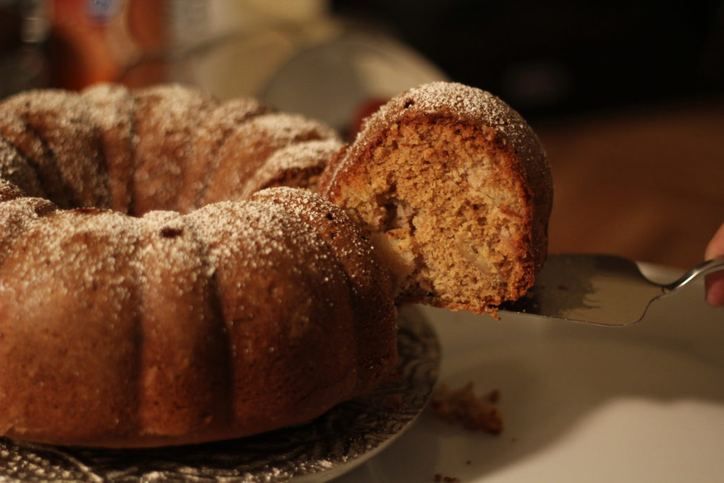 Autumn Apple Bundt Cake -|The Kitchen Gent