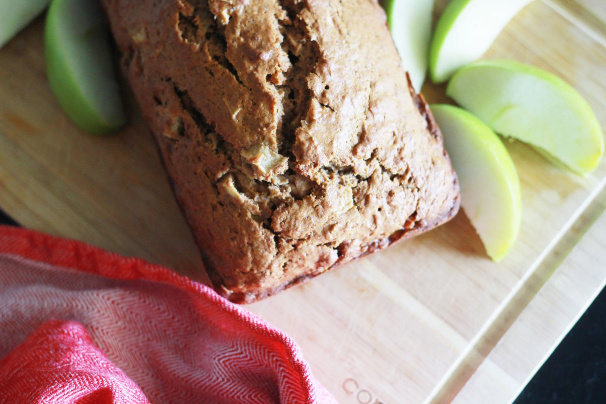 Apple Cinnamon Banana Bread | The Kitchen Gent