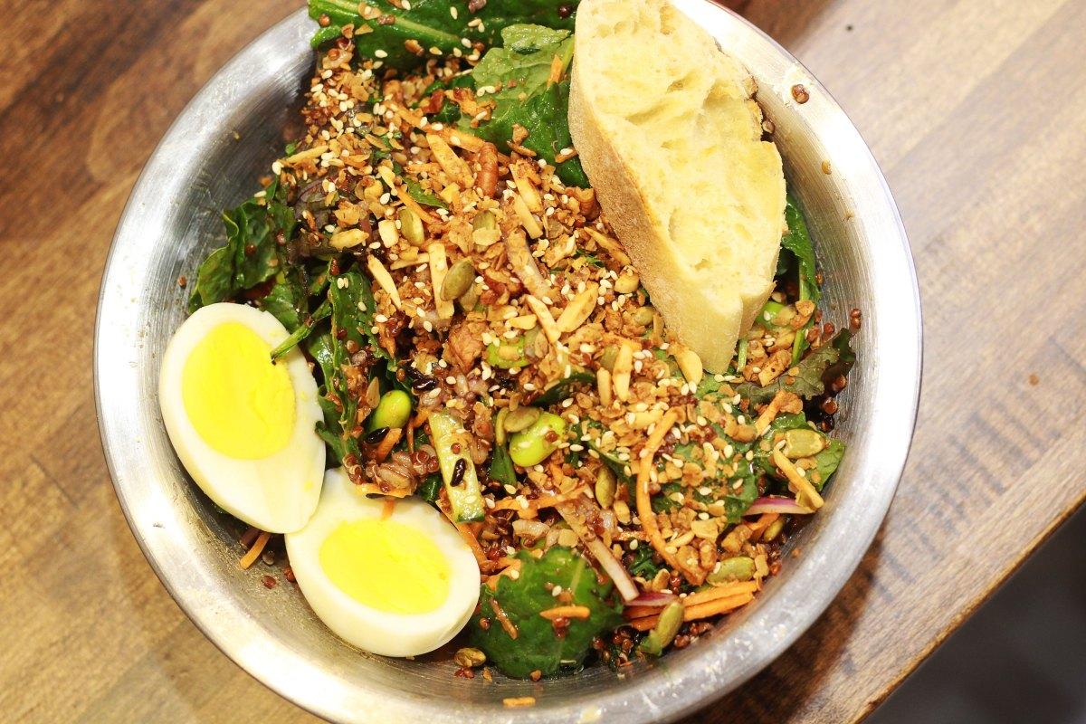Vinaigrette Salad Kitchen | The Kitchen Gent