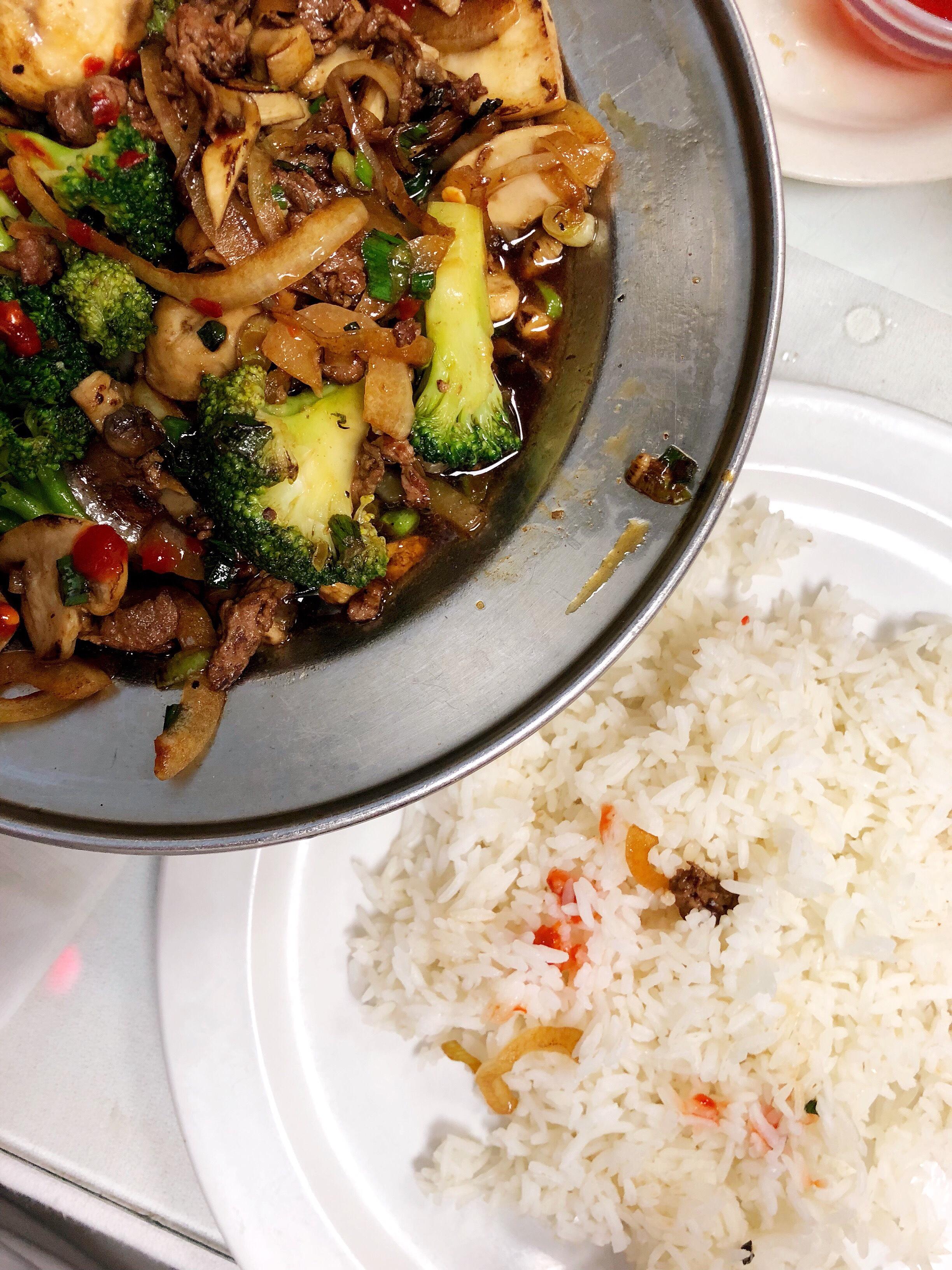 #LocalFoodieFriday: Vietnam Kitchen