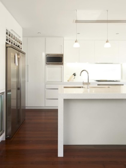 custom kitchen white gloss 2