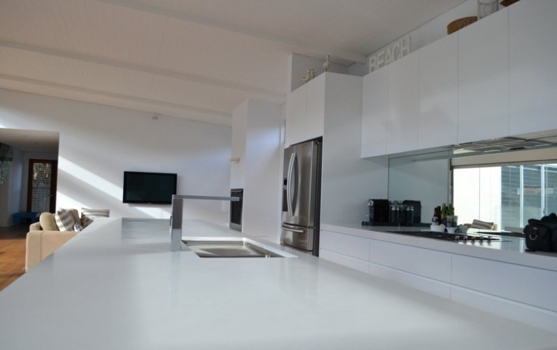 custom-kitchen-white-4