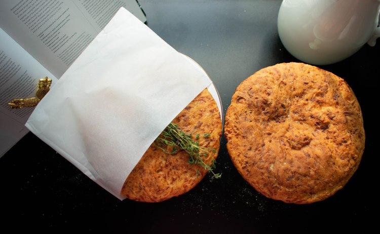 cheesethymebread1