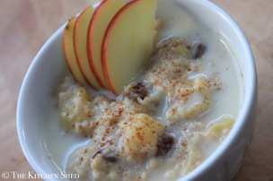 Clean Eating Apple Pie Porridge