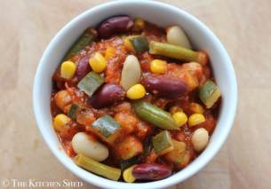 Clean Eating 3 Bean Chilli