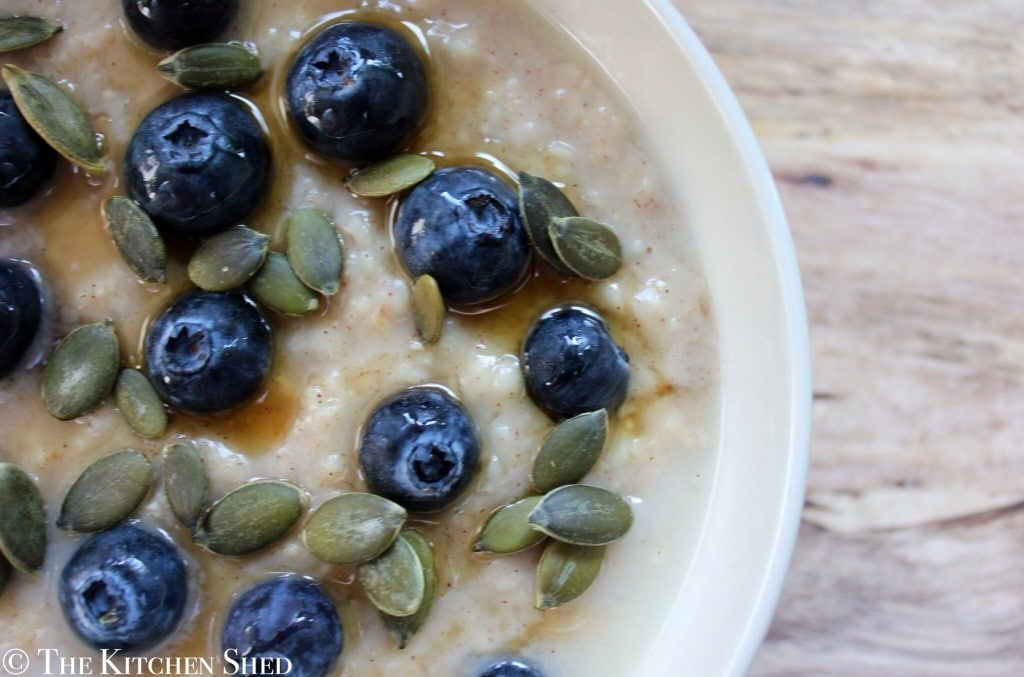 Clean Eating Blueberry & Cinnamon Porridge