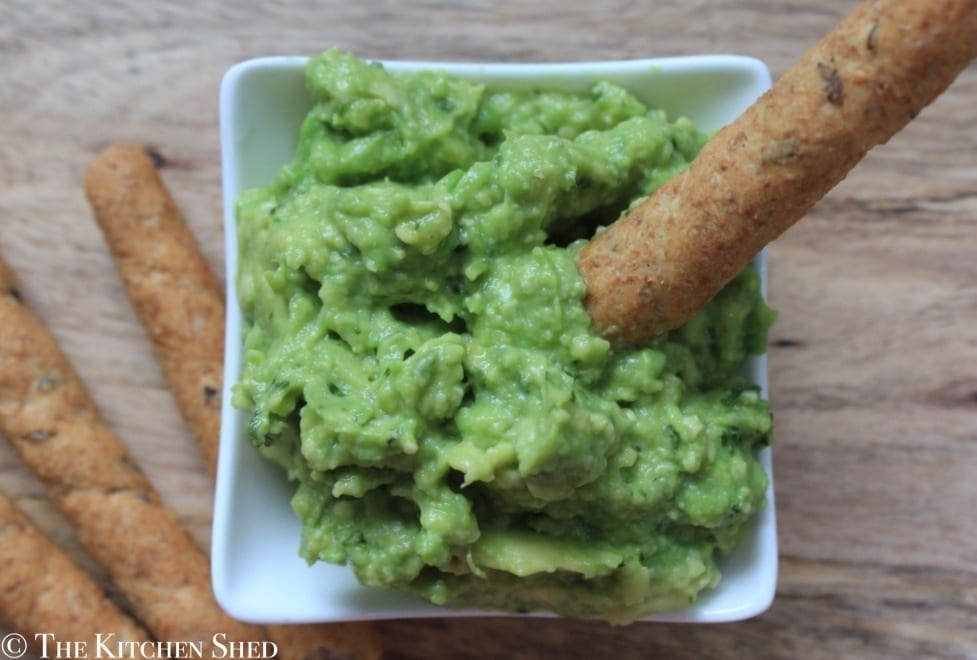 Clean Eating Pesto Guacamole