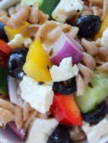 Clean Eating Italian Spelt Pasta Salad 1