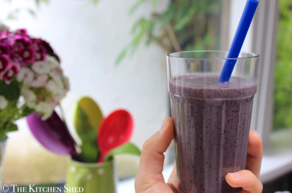 Clean Eating Blueberry Banana Oat Smoothie