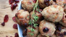 Clean Eating Turkey Cranberry Meatballs 1