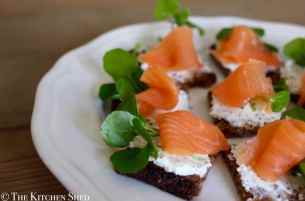 Clean Eating Smoked Salmon Canapés