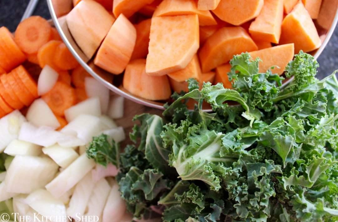 Clean Eating Kale & Sweet Potato Soup