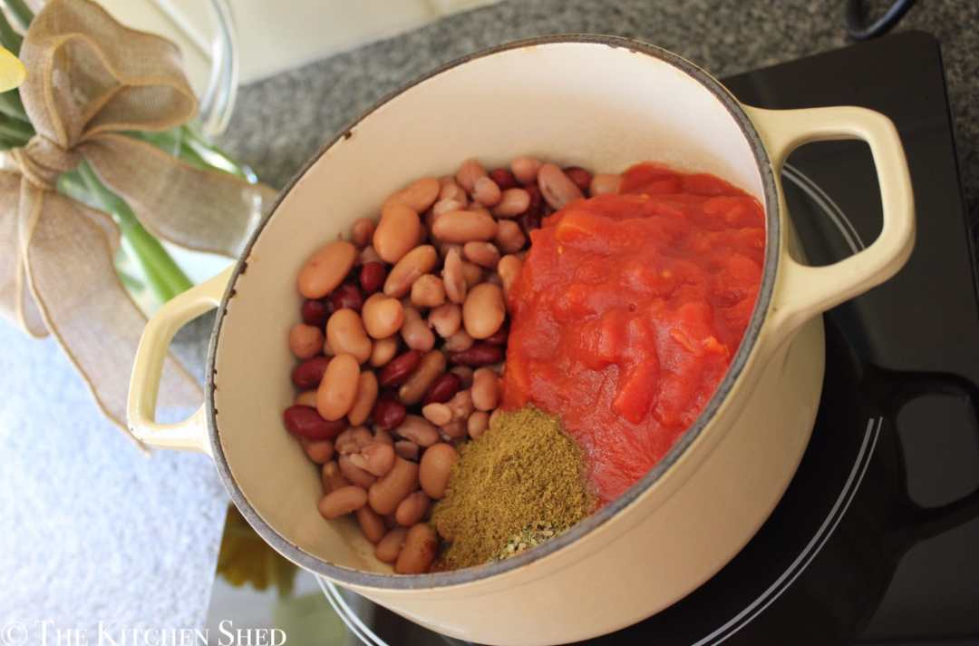 Clean Eating 5 Minute Bean Chilli