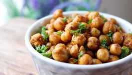 Clean Eating ActiFry Roasted Chickpeas