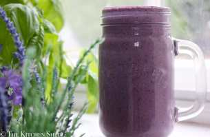 Clean Eating Banana Berry Protein Smoothie