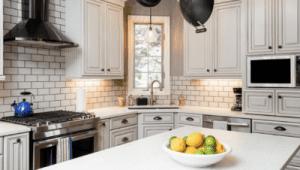 backsplash ideas for white cabinets 5