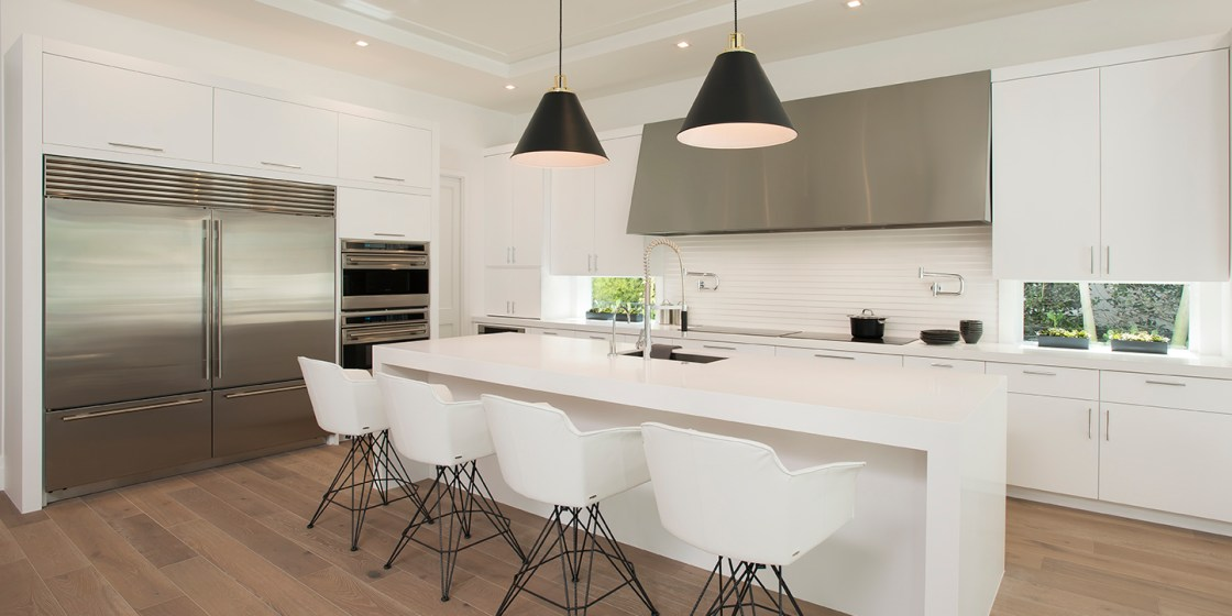 White Modern Kitchen in Boca Raton – 2