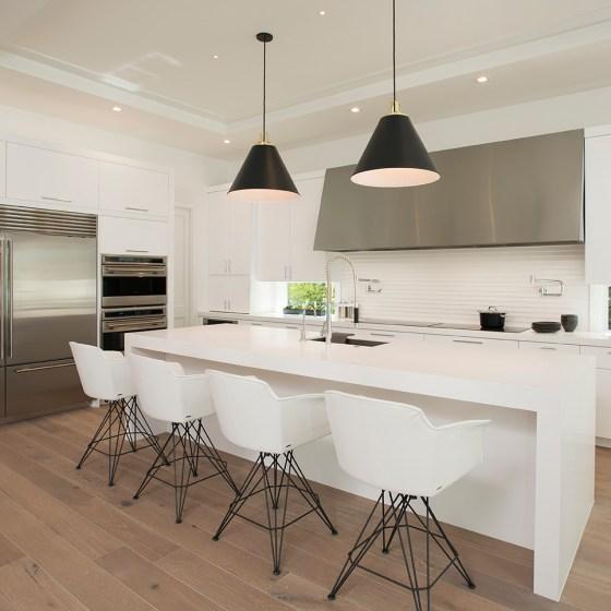 White Modern Kitchen in Boca Raton – 2