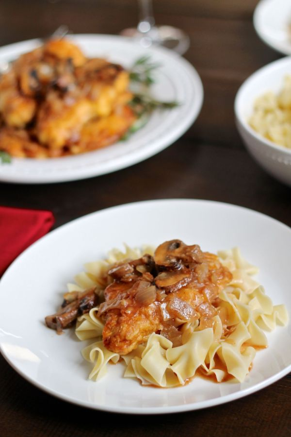 Chicken Marsala - via The Kittchen - plated (vertical)