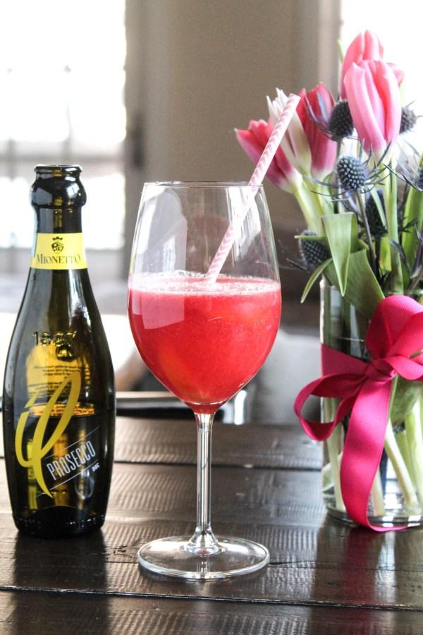 Raspberry Peach Prosecco Cocktail-3