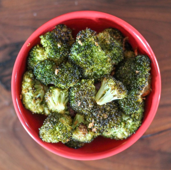 Sriracha Parmesan Roasted Broccoli-2