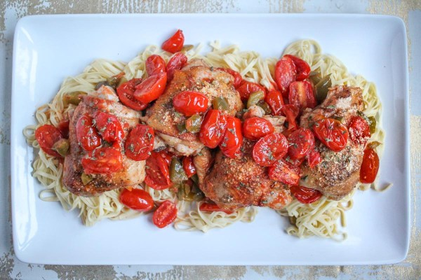 roasted-tomato-and-white-wine-chicken-thighs-3