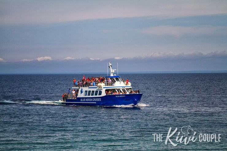 Boat tour to Flowerpot Island